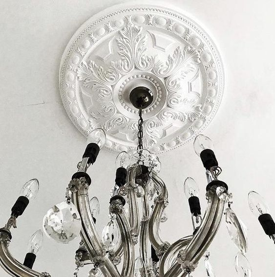 rozety sufitowe pod lampy wzory
